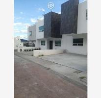 Foto de casa en venta en  , milenio iii fase b sección 10, querétaro, querétaro, 0 No. 01
