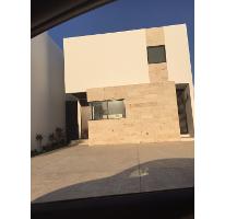 Foto de casa en venta en  , montebello, mérida, yucatán, 1085355 No. 01