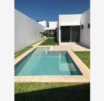 Foto de casa en venta en  , montebello, mérida, yucatán, 4311963 No. 01