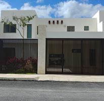 Foto de casa en venta en  , montebello, mérida, yucatán, 4416989 No. 01