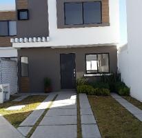 Foto de casa en renta en paseo de los alcatraces fraccionamiento zakia 100-a int, 11 , desarrollo habitacional zibata, el marqués, querétaro, 4412349 No. 01