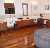Foto de casa en venta en  , san carlos, metepec, méxico, 4290844 No. 01