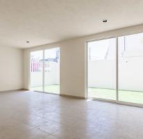 Foto de casa en venta en  , san lorenzo tepaltitlán centro, toluca, méxico, 3608058 No. 01