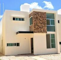 Foto de casa en venta en  , santa maria, mérida, yucatán, 3965921 No. 01