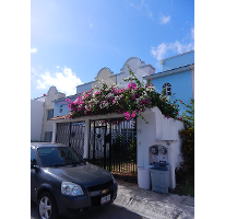 Foto de casa en venta en  , supermanzana 55, benito juárez, quintana roo, 2590079 No. 01