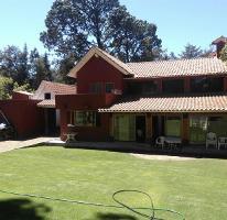 Foto de casa en venta en vega del campo 100, avándaro, valle de bravo, méxico, 0 No. 01