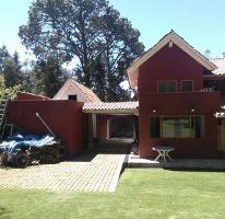 Foto de casa en venta en vega del campo 150, avándaro, valle de bravo, méxico, 0 No. 01